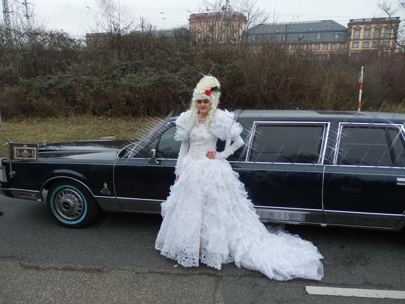 Scharke Royal Limousinenservice  Eventservice Mannheim - (Hochzeit, Nürnberg, Brautkleid)