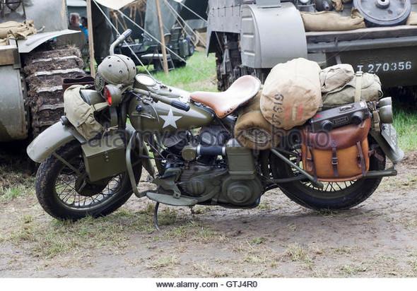 ww2- - (Motorrad, einkaufen, Gepäck)