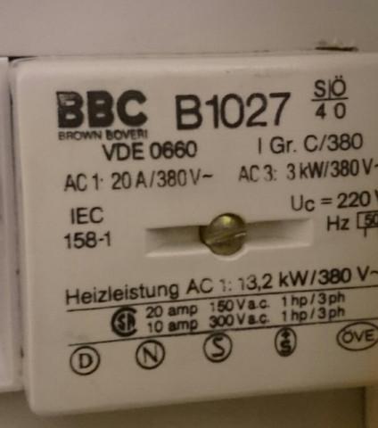 - (Elektrotechnik, Heizung)