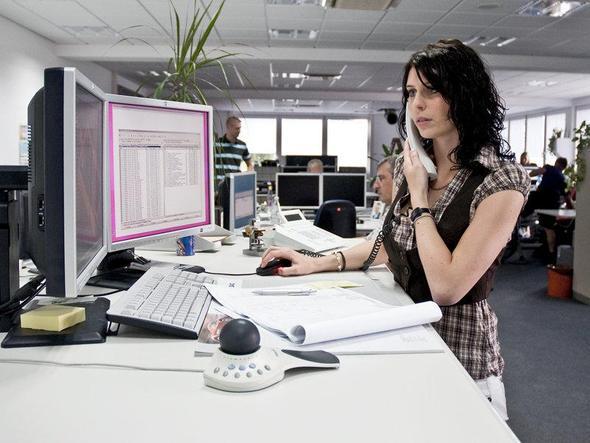 Kundenaufträge beraten und durchführen - (Computer, Beruf, Produktdesigner)