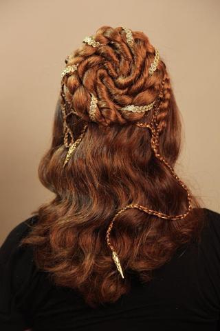 gothic haarteil von zopfkronenliesl - (Haare, Frauen, Mittelalter)