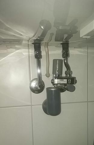 kann man bei einer dusche bei der die warmwasserversorgung ber einen boiler funktioniert jede. Black Bedroom Furniture Sets. Home Design Ideas