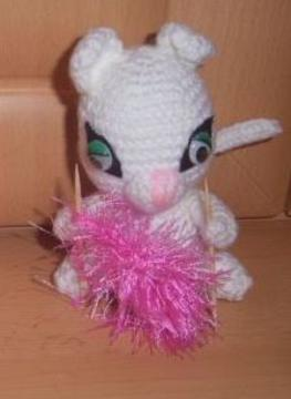 Marie- the special Surprise Bug – crochet pattern | 360x263