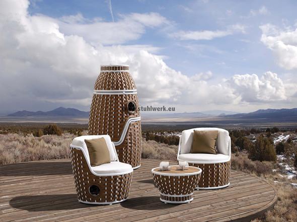 Gartenmöbel kann man auch zusammen stellen, wenn man sie gerade nicht nutzt - (Freizeit, Garten, Handwerk)