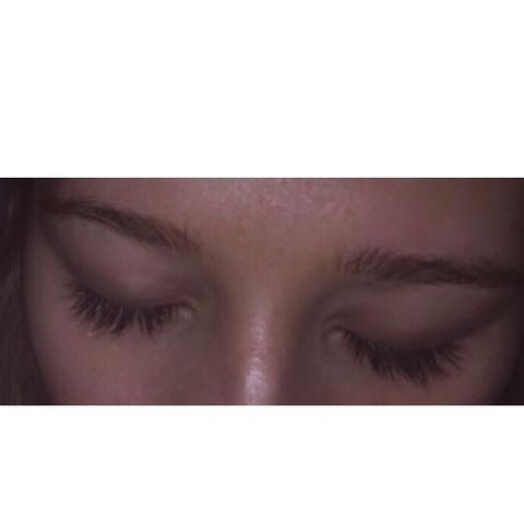 - (Haare, Augenbrauen, wachsen)