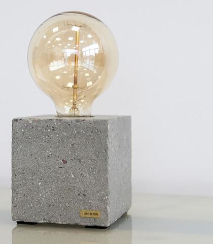wer kennt tolle au ergew hnliche lampen neu lampe. Black Bedroom Furniture Sets. Home Design Ideas