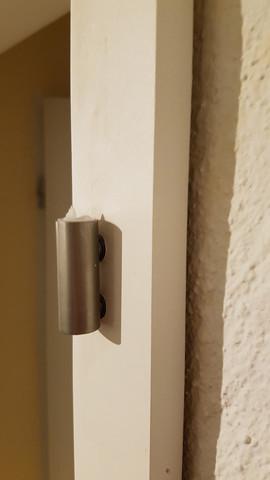 - (Reparatur, Tür)