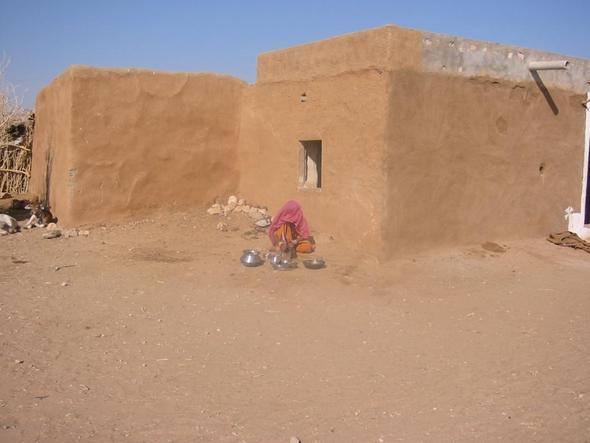 Lehmhütte in Rajasthan, unterschichtsfamilie im Dorf - (Menschen, wohnen, Welt)