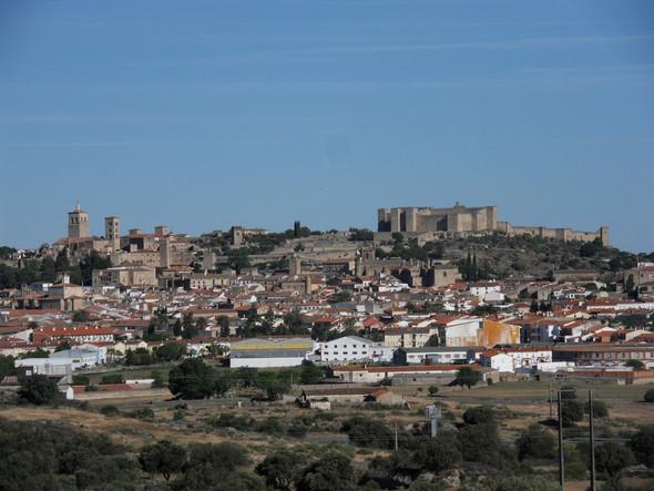 Die Stadt Trujillo mit ihrer arabischen Festung - (Andalusien, Kulinarisches, Extremadura)