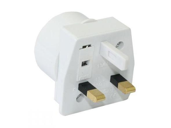 steckose f r ipod touch in england apple reise adapter. Black Bedroom Furniture Sets. Home Design Ideas