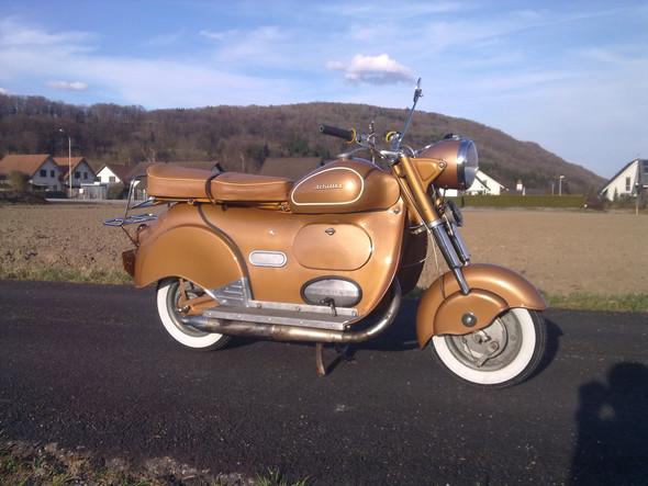 - (Motorrad, Roller, Beleidigung)
