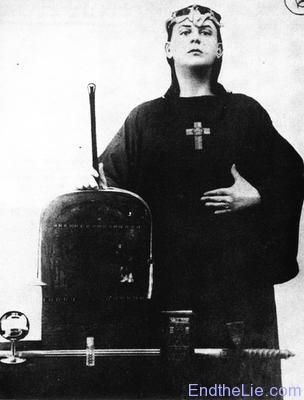 Crowley as a young man - (Religion, Wikipedia, Okkultismus)