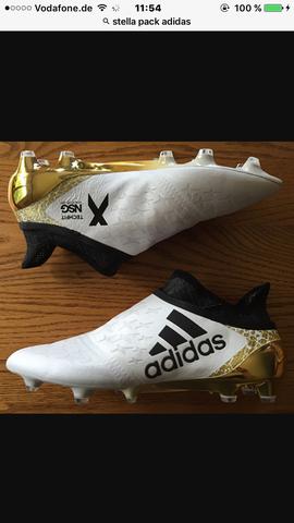 - (Fußball, adidas, Fussballschuhe)