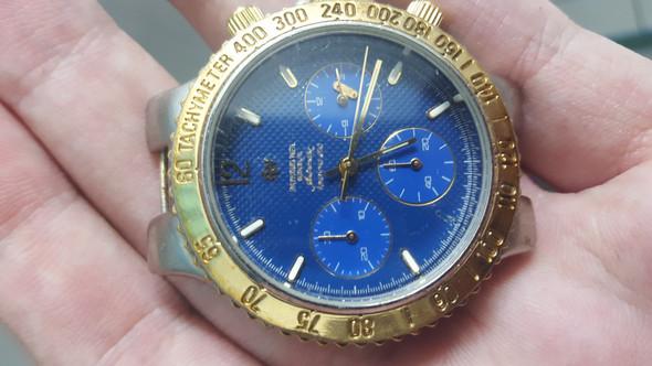 Das ist die Uhr - (Uhr, Raymond Weil)