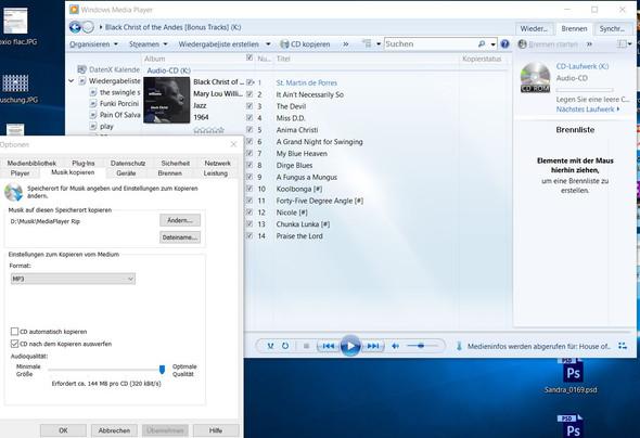 - (Musik, Handy, CD)