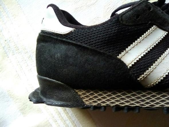 Wieviel sind diese Retro Adidas Turnschuhe von meinen Opa