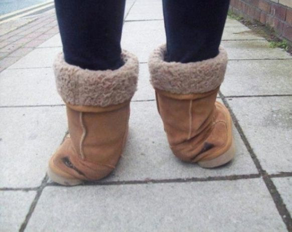 - (Boots, UGG)