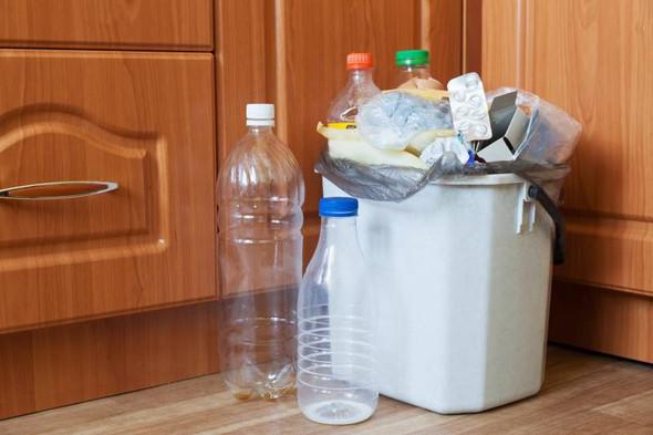 Flüssigkeiten muss ein Vinylboden in der Küche aushalten - (Küche, Vinyl, trittschall)