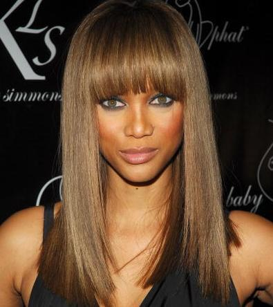 Frisur ovales gesicht hohe stirn
