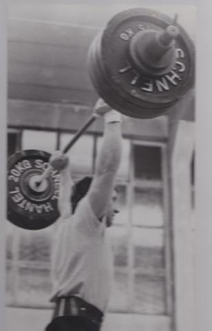 13 kg - (Gesundheit und Medizin, Ernährung, Sport und Fitness)