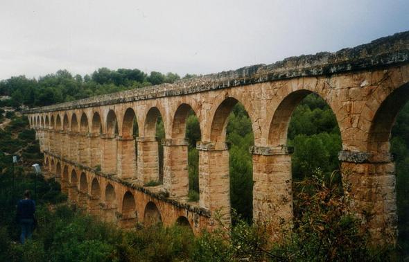 Aquädukt - (Technik, Geschichte, Vergangenheit)