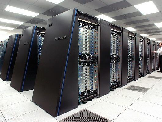 http://www.100foto.it/uploads/Famous_server_farm_08.jpg - (PC, Internet, Server)