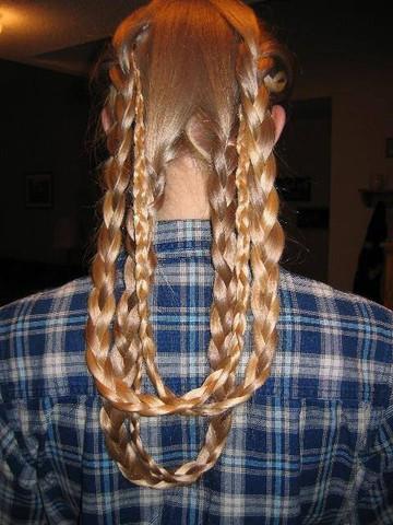 Wie Befestige Ich Affenschaukel Zopfe Haare Beauty Frisur