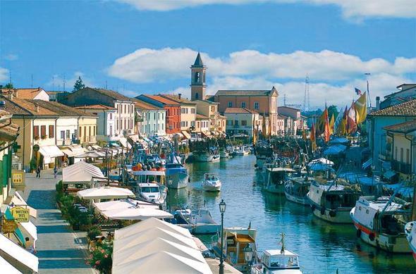 Sicht über den Hafen von Cesenatico - (Urlaub, Reise, Italien)