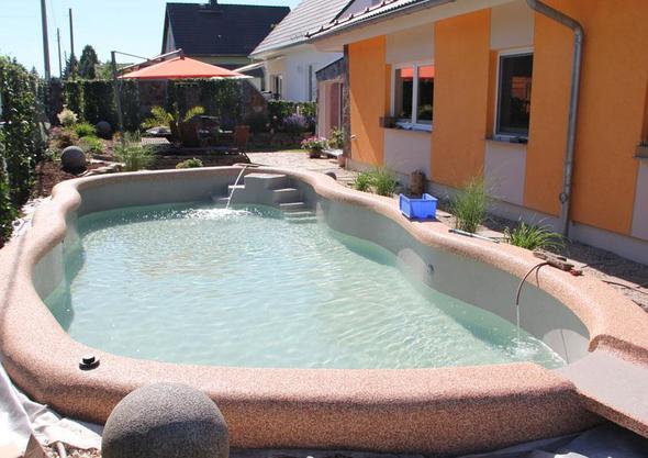 algen im pool schnell beseitigen garten. Black Bedroom Furniture Sets. Home Design Ideas
