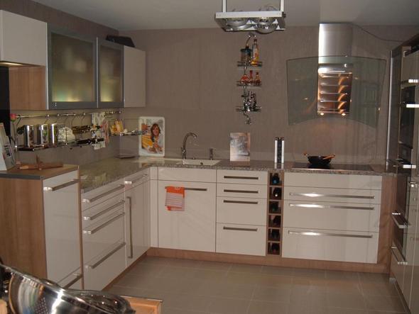 buche k che farbe wand. Black Bedroom Furniture Sets. Home Design Ideas