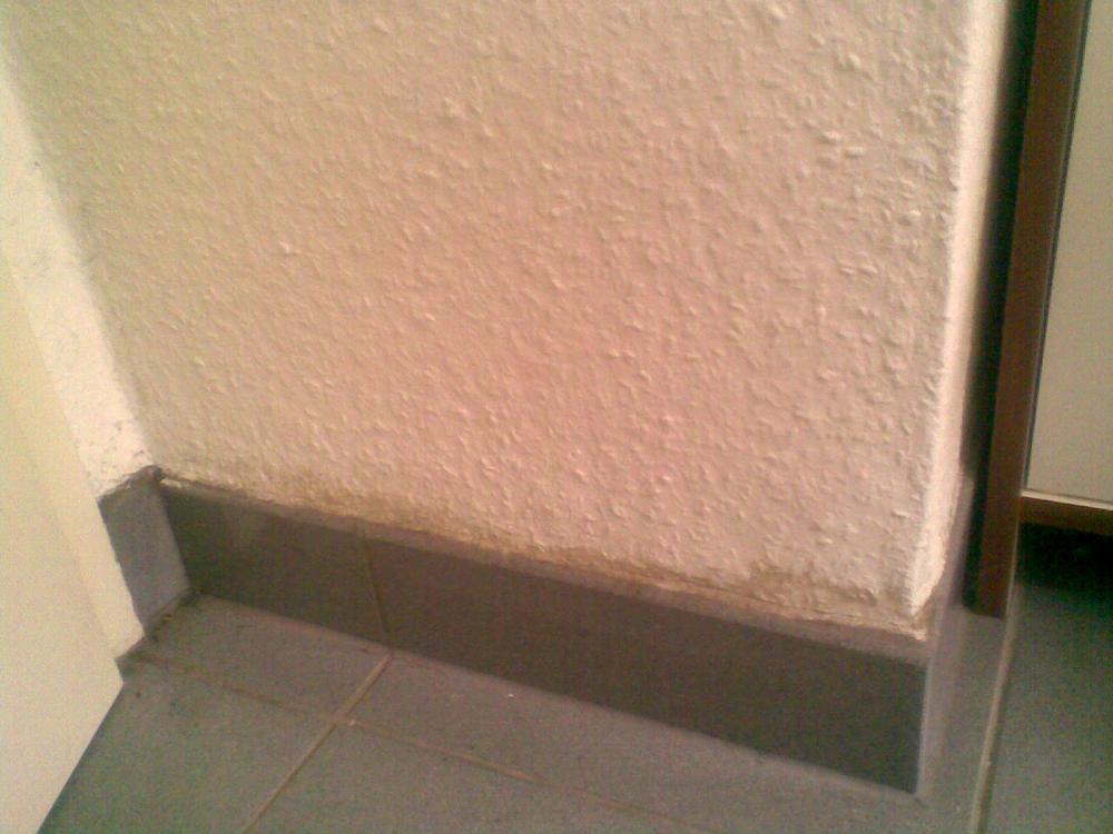 schimmel im bad we am besten beseitigen haushalt tapete l ften. Black Bedroom Furniture Sets. Home Design Ideas