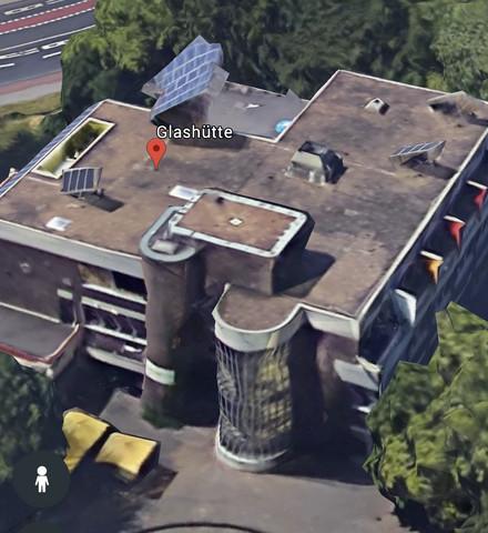 - (Berlin, Köln 50667)