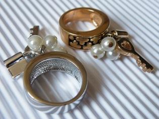 Ringe mit Symbolik - (Schmuck, Ring)