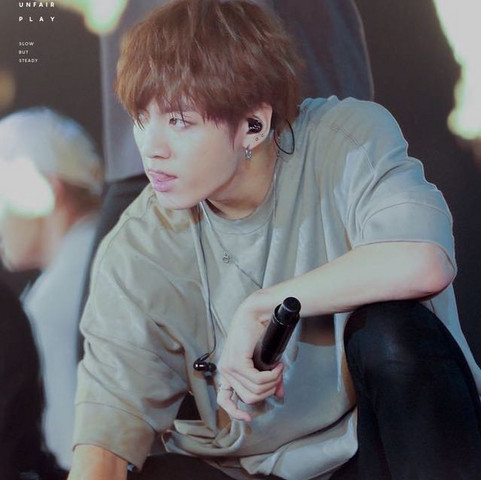 ...... - (K-Pop, BTS, Army)