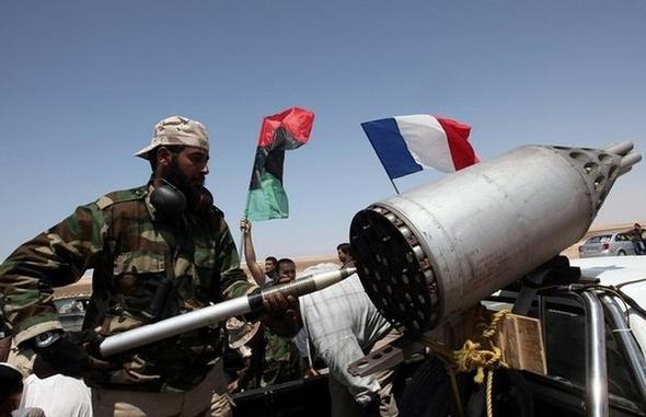 ---------------------------------- - (Waffen, Krieg, Lybien)