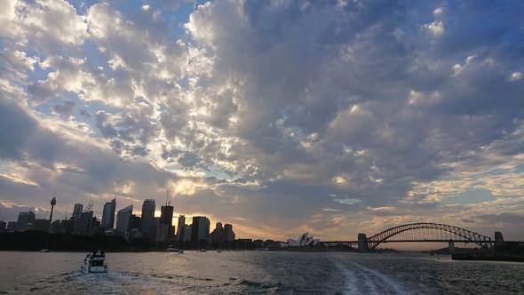 - (Urlaub, Australien)