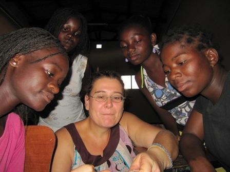 """ich mit """"meinen"""" girls - (Ausland, volunteer)"""