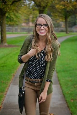 Bluse+Strickjacke kombinieren? (Mode, Kleidung, Klamotten)