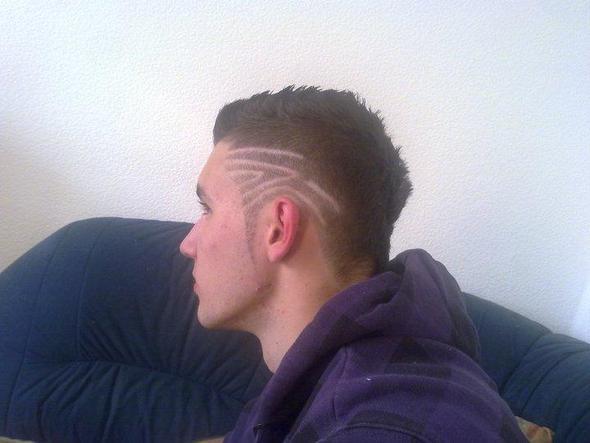 ich - Muster In Haare Rasieren