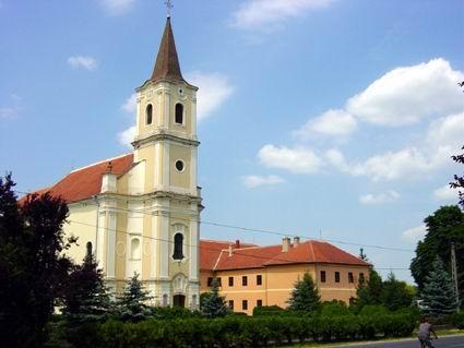 Die Dorfkirche von Mesztegnyö - (Leben, Ungarn, ungarisch)