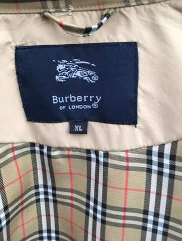Burberry MantelJacke Fake oder Original? (Mode, Kleidung