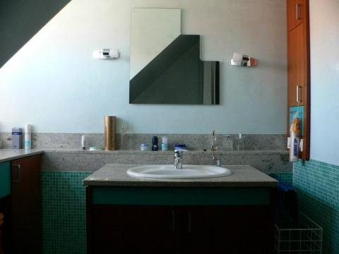 ab wann ist eine wand feucht extrahierger t f r polsterm bel. Black Bedroom Furniture Sets. Home Design Ideas