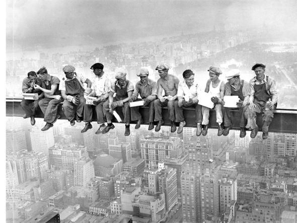 Bauarbeiter schwarz weiß  Suche den Titel eines Fotos! (Bilder, Kunst)