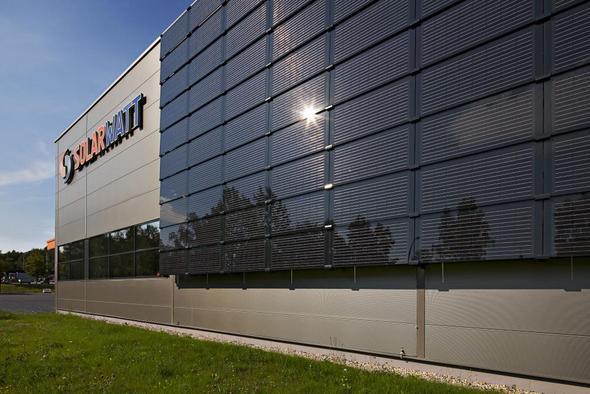 Solarfassade in Dresden - (Photovoltaik, Windenergie, Windkraftanlage)