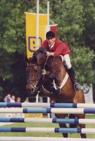 Gewinner des Championats von Genf (1990) Andreas Werft und Karneval - (Pferde, Reiten)