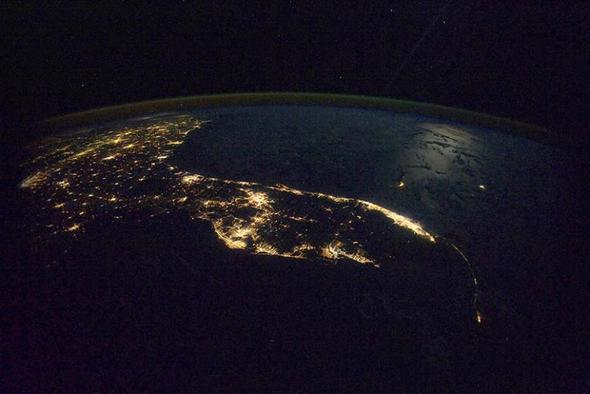 Erde bei Nacht - (Wissenschaft, Erde)