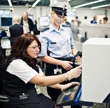 Luftsicherheitsassistent/in - (Arbeit, Sicherheit, Security)