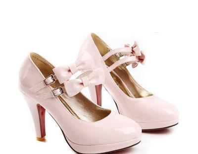 Solche gehen für partys für 13 jährige :) Natürlich andere styl :)D - (Beauty, Schuhe, Outfit)