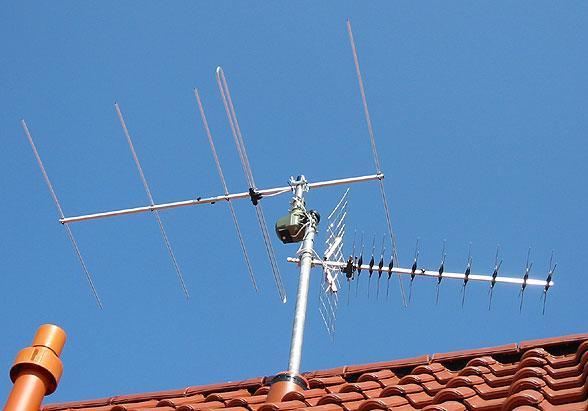 UKW- und UHF-Antenne - (TV, Fernsehen, Receiver)