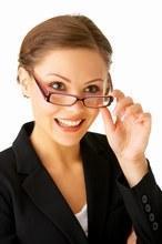 Lesebrille kann tief auf der Nase getragen werden ;) - (Brille, Optik, kurzsichtig)